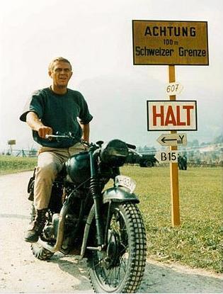 Achtung 100m Schweizer Grenze. Halt The Great Escape Rolex Pieces of Time
