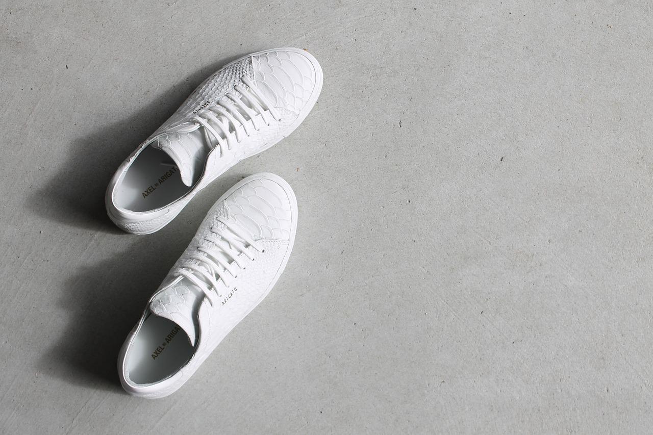 shoes-1592165_1280